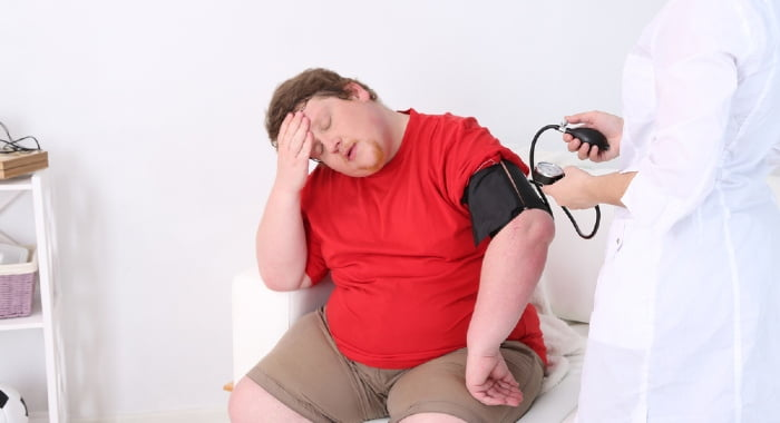 Weight gain and obesity or diabetes are two of the problems that can arise from sleep deprivation.