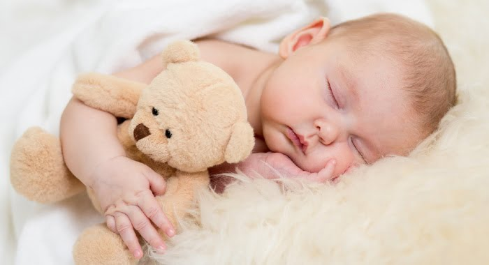 The best sleeping temperature for babies in the night is a room temperature between 16-20ºC.